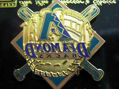 arizona diamondbacks pin glove